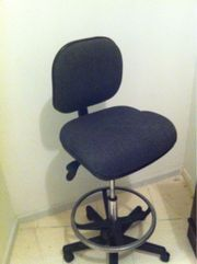 >>  Retail Office High Chair > rare use now $49.00